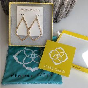 Kendra Scott Sophee Earrings in gold